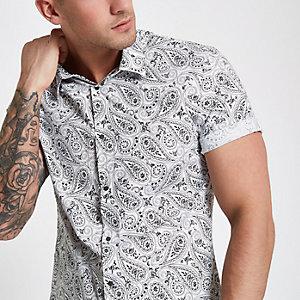 Chemise slim blanche boutonnée motif cachemire