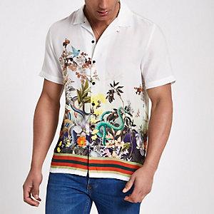 Wit overhemd met slangenprint, revers en korte mouwen