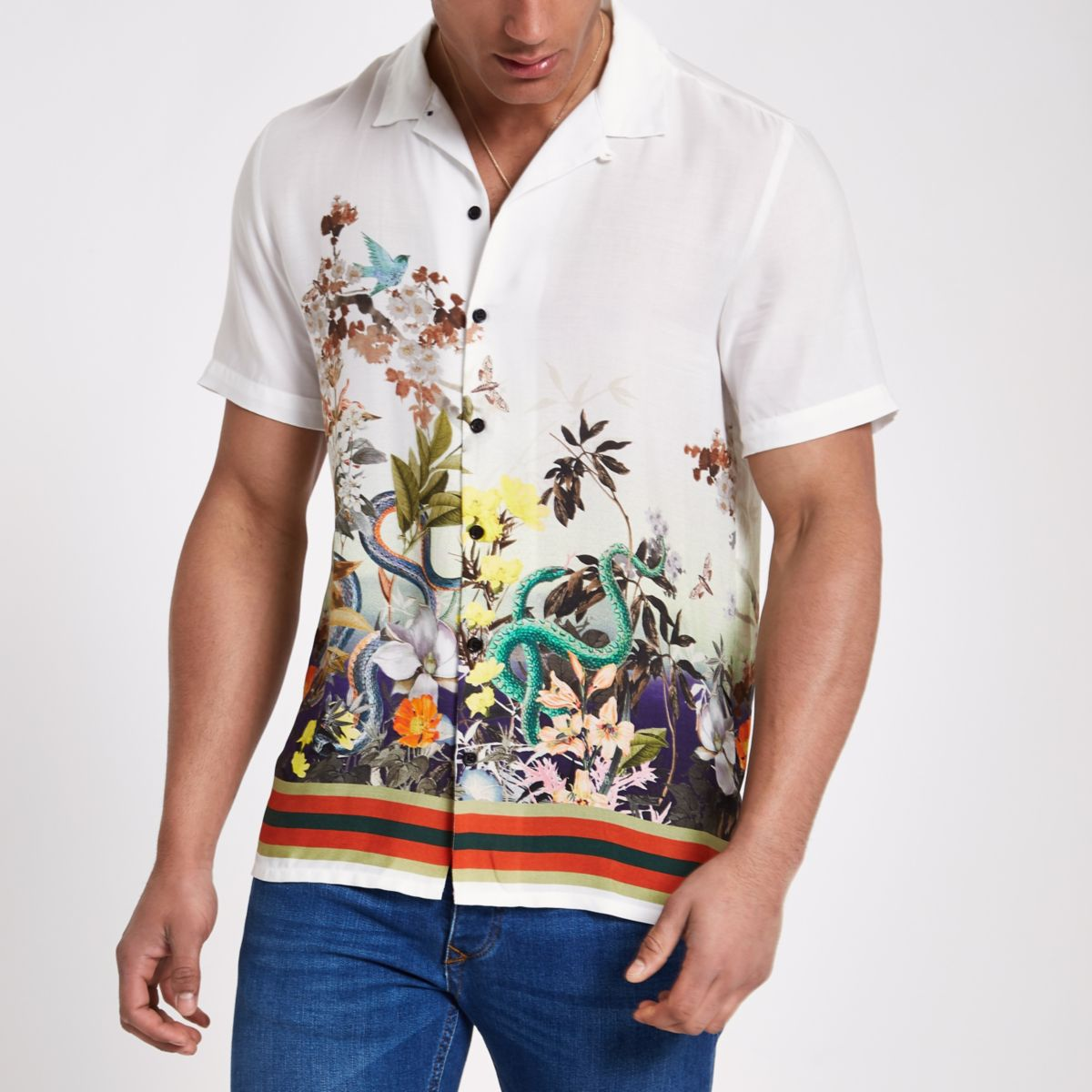 White snake print short sleeve revere shirt