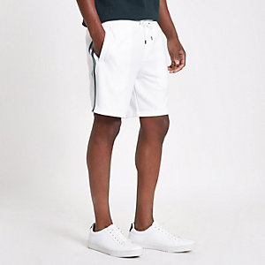 Weiße Slim Fit Shorts