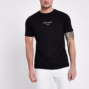 Zwart slim-fit T-shirt met Carpe diem-print