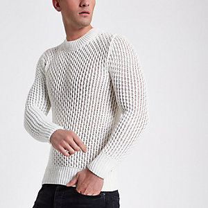 White slim fit long sleeve knitted sweater