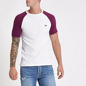T-shirt ajusté blanc et rouge en maille piquée à manches raglan