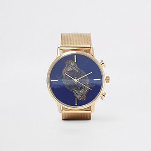 Goudkleurig horloge met ronde wijzerplaat en jachtluipaardprint