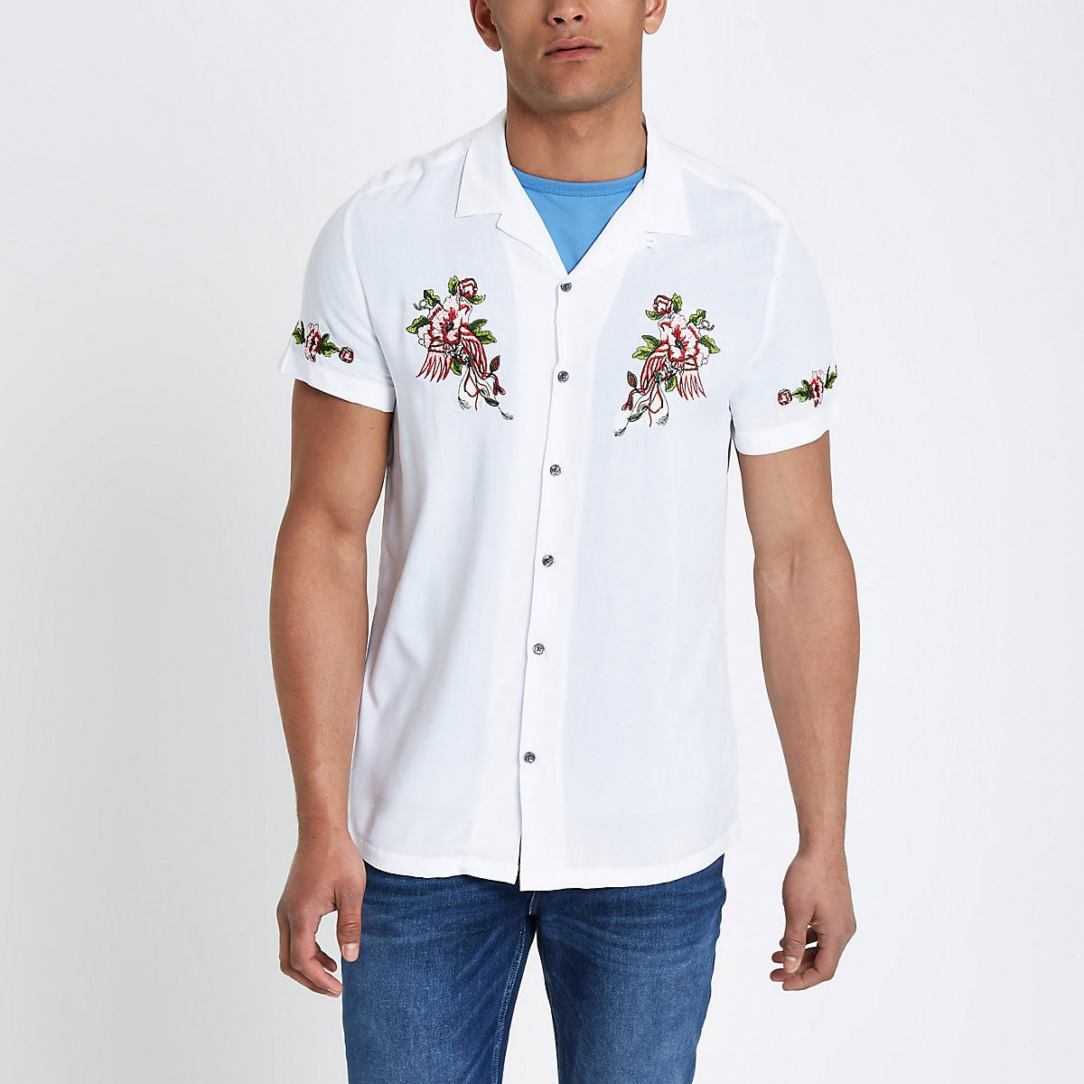 White floral embroidered short sleeve shirt
