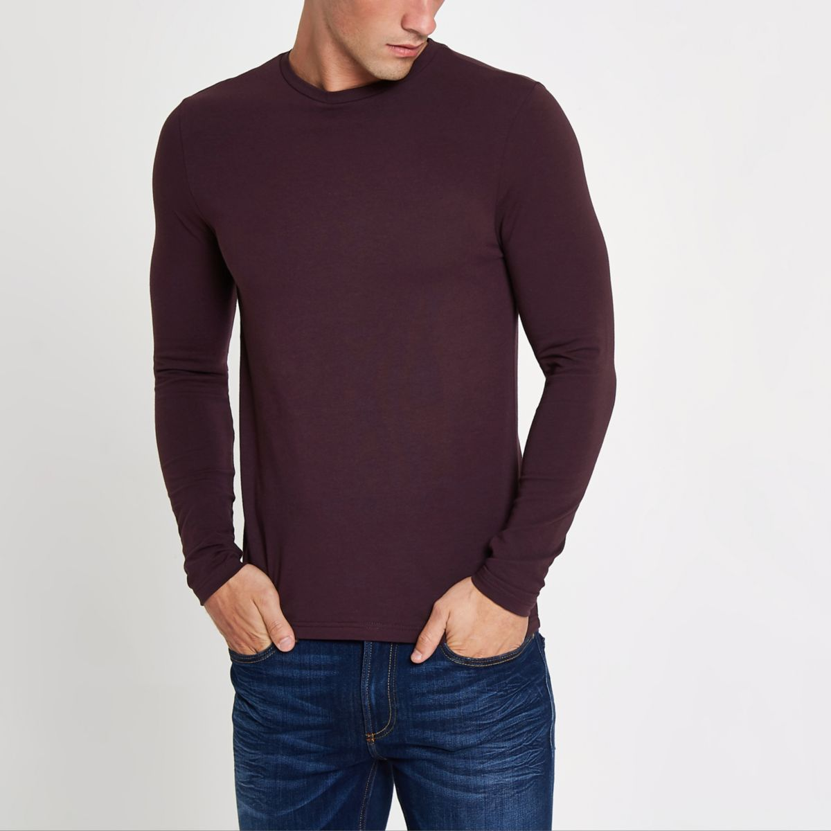 Red muscle fit long sleeve T-shirt