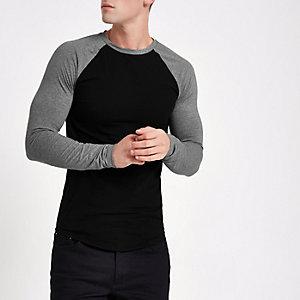 T-shirt ajusté noir à manches raglan longues