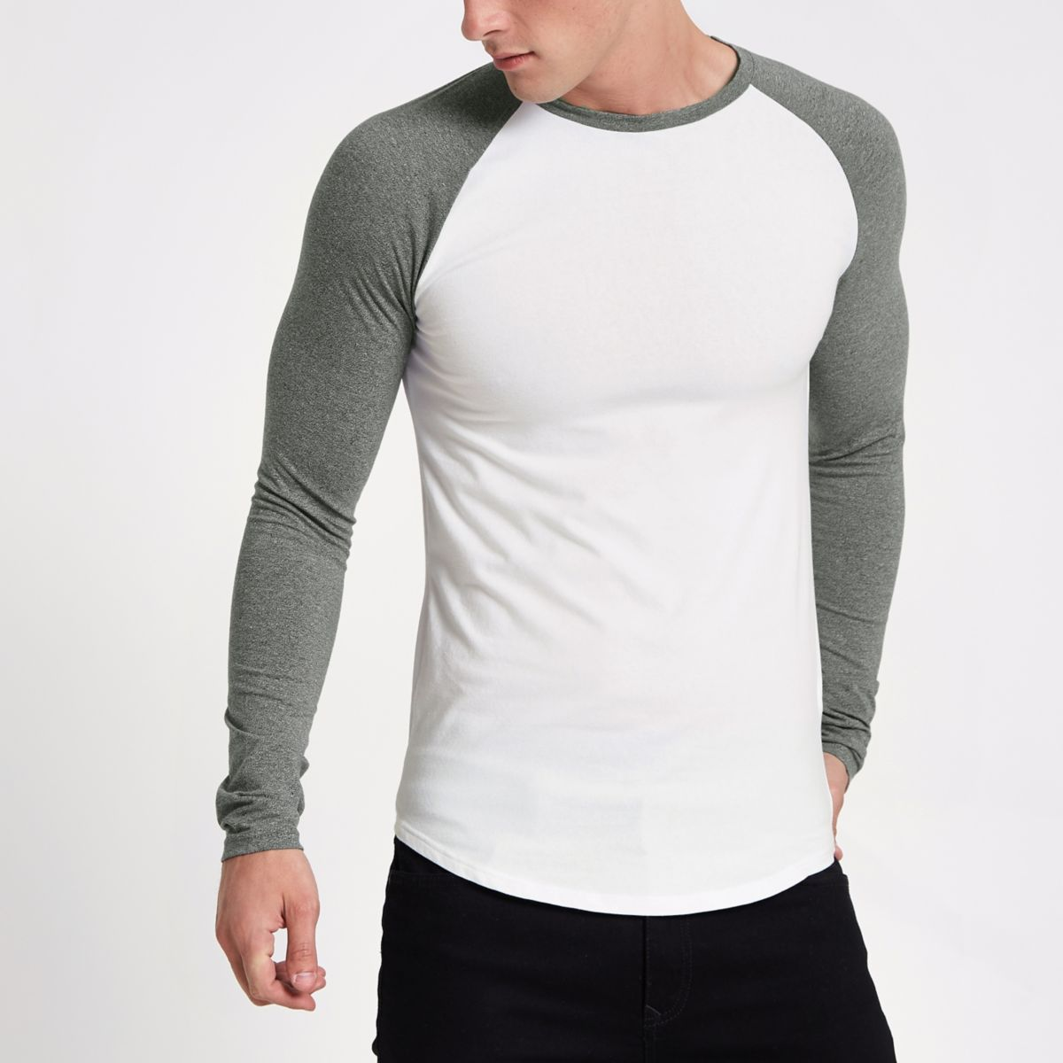 Weißes, langärmliges Muscle Fit T-Shirt