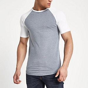 Marineblauw gemêleerd aansluitend T-shirt met raglanmouwen