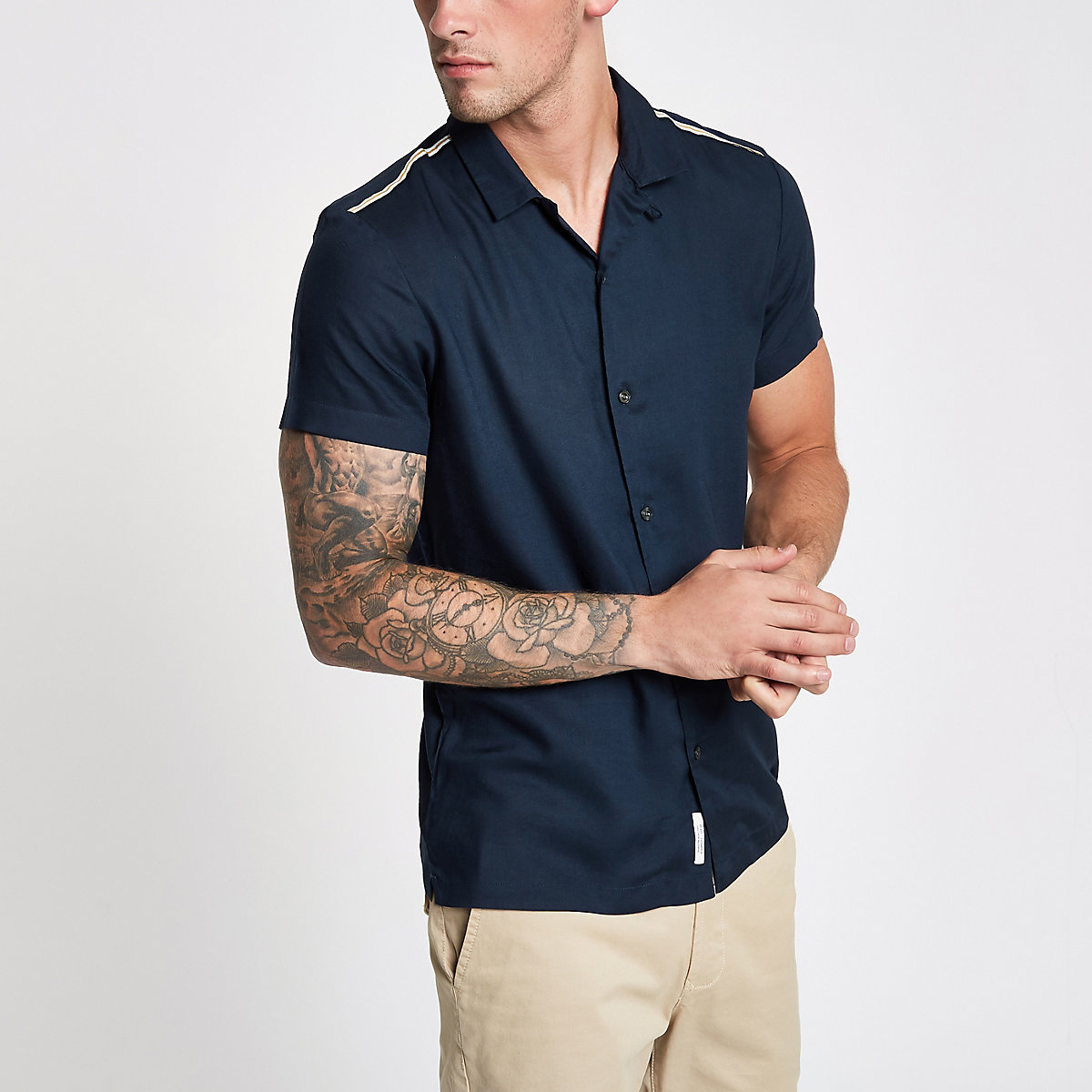 Navy revere short sleeve tape shirt