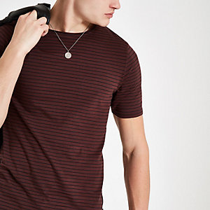 Only & Sons – Gestreiftes T-Shirt in Bordeaux
