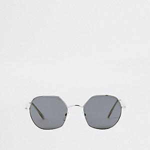 Silberne, sechseckige Sonnenbrille