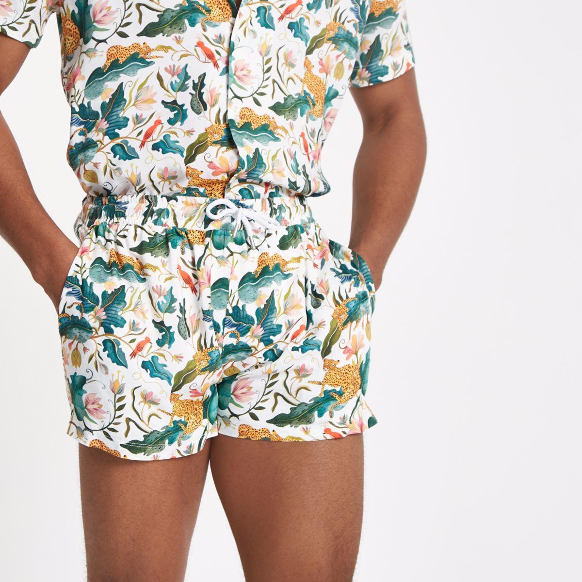 White jungle print pull on shorts