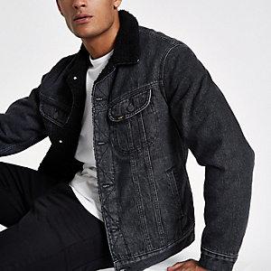 Lee – Veste en jean noire à col imitation peau de mouton