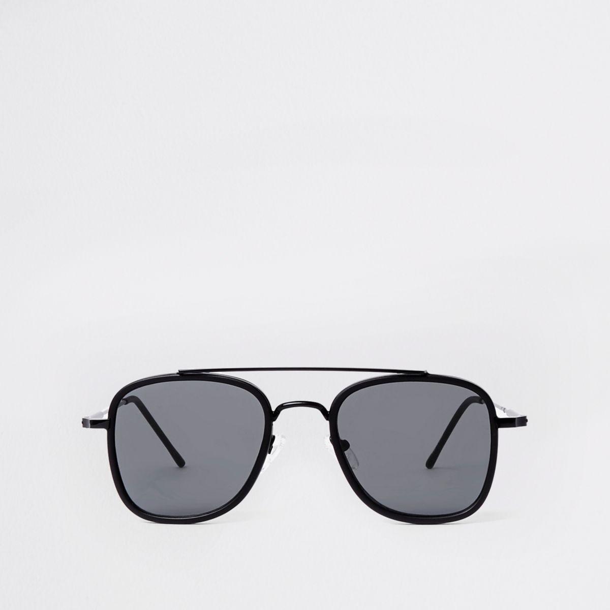 Black square brow aviator sunglasses