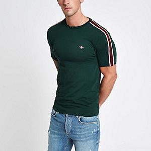 Groen aansluitend T-shirt met wespenprint en bies