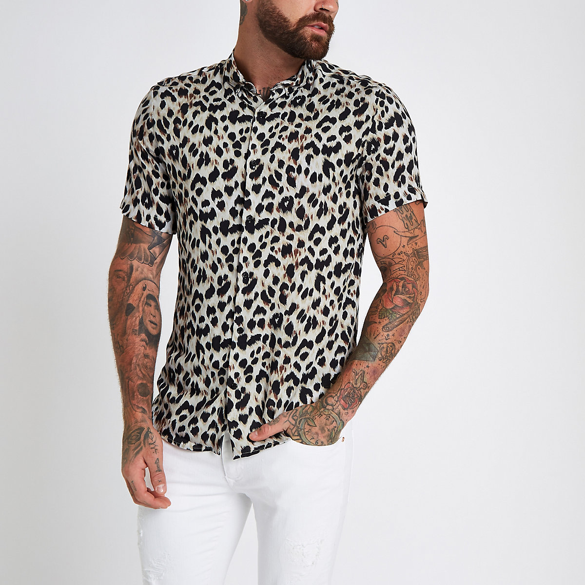 Grey leopard print revere slim fit shirt