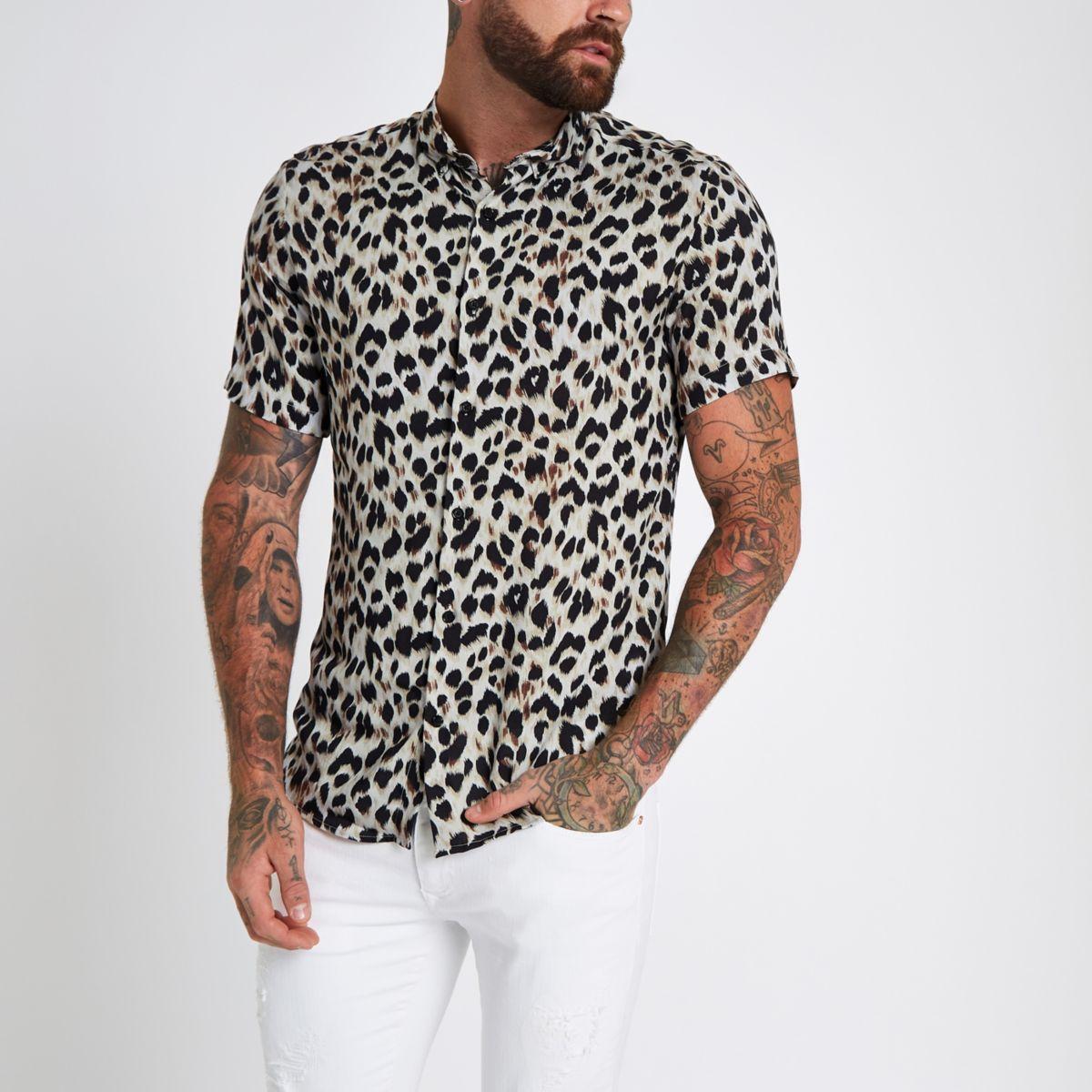 Grey leopard print revere slim fit shirt