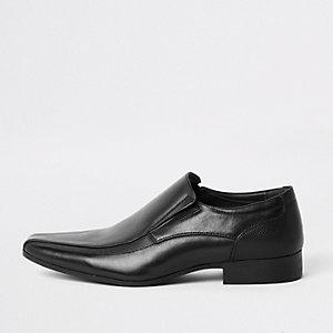 Chaussures à enfiler noires en similicuir