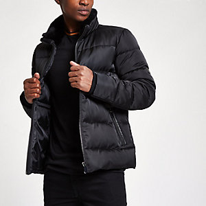 Black faux fur collar puffer jacket
