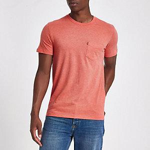 Levi's - T-shirt manches courtes à poche rouge