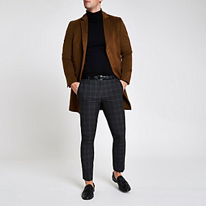 Manteau marron boutonné