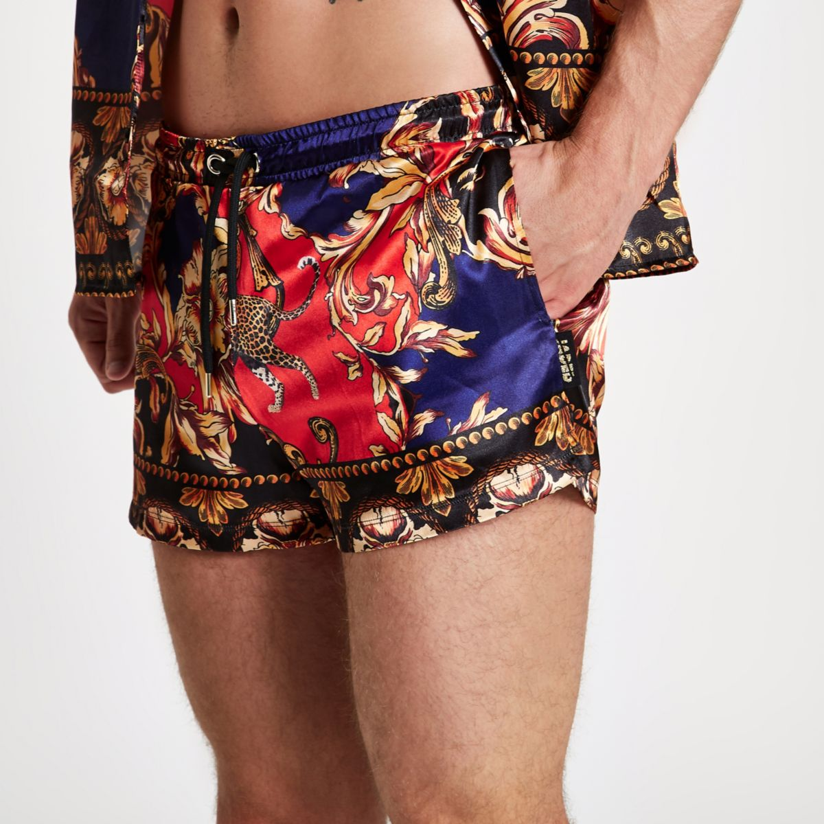 Jaded printed red Jaded shorts satin printed red Jaded Jaded printed shorts red satin red satin shorts OwxqnICU