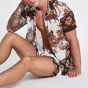 Jaded white baroque short sleeve shirt