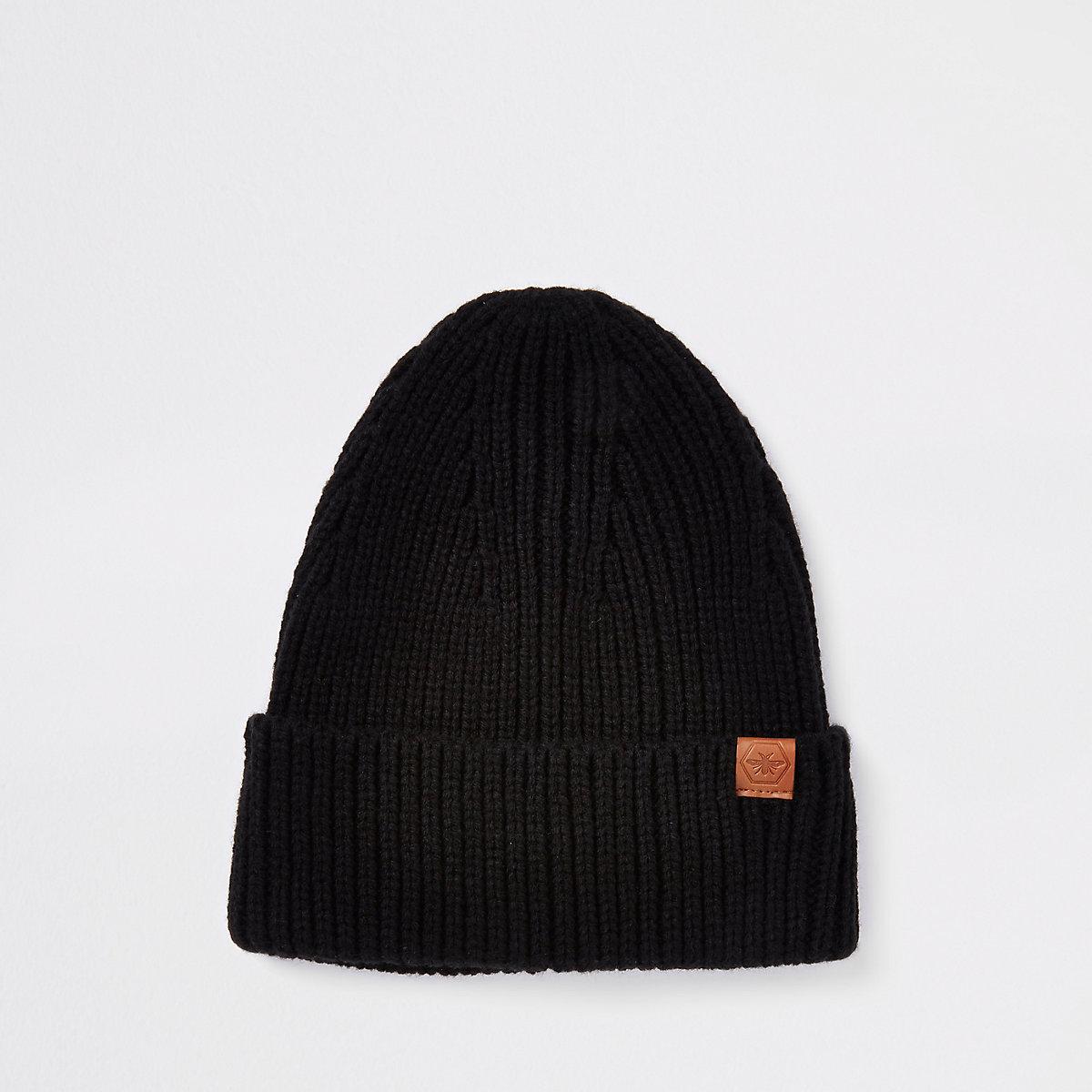 Black fisherman knit beanie hat
