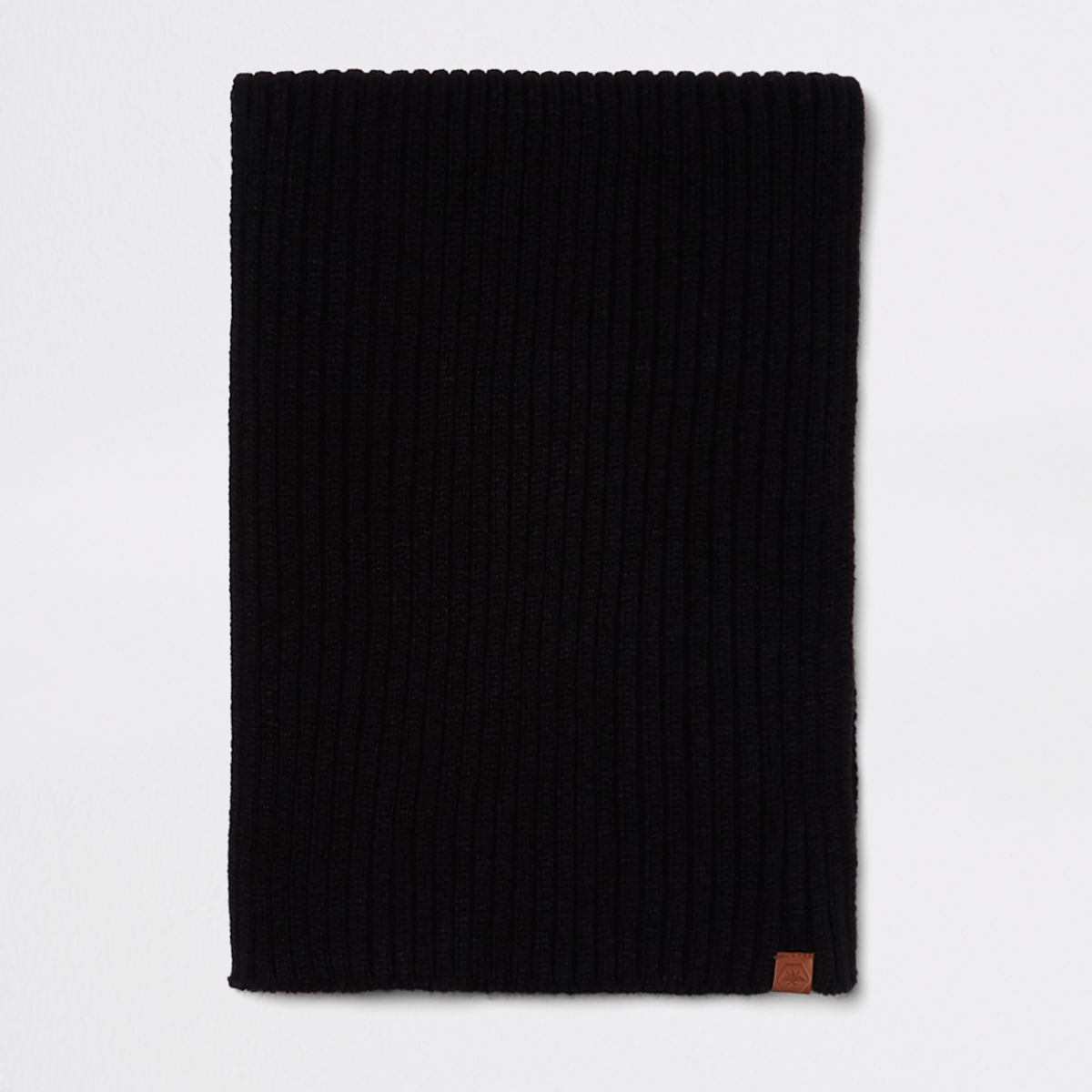 Black rib knitted scarf