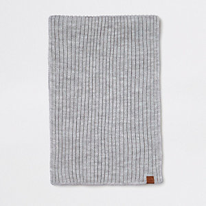 Grey rib knitted scarf