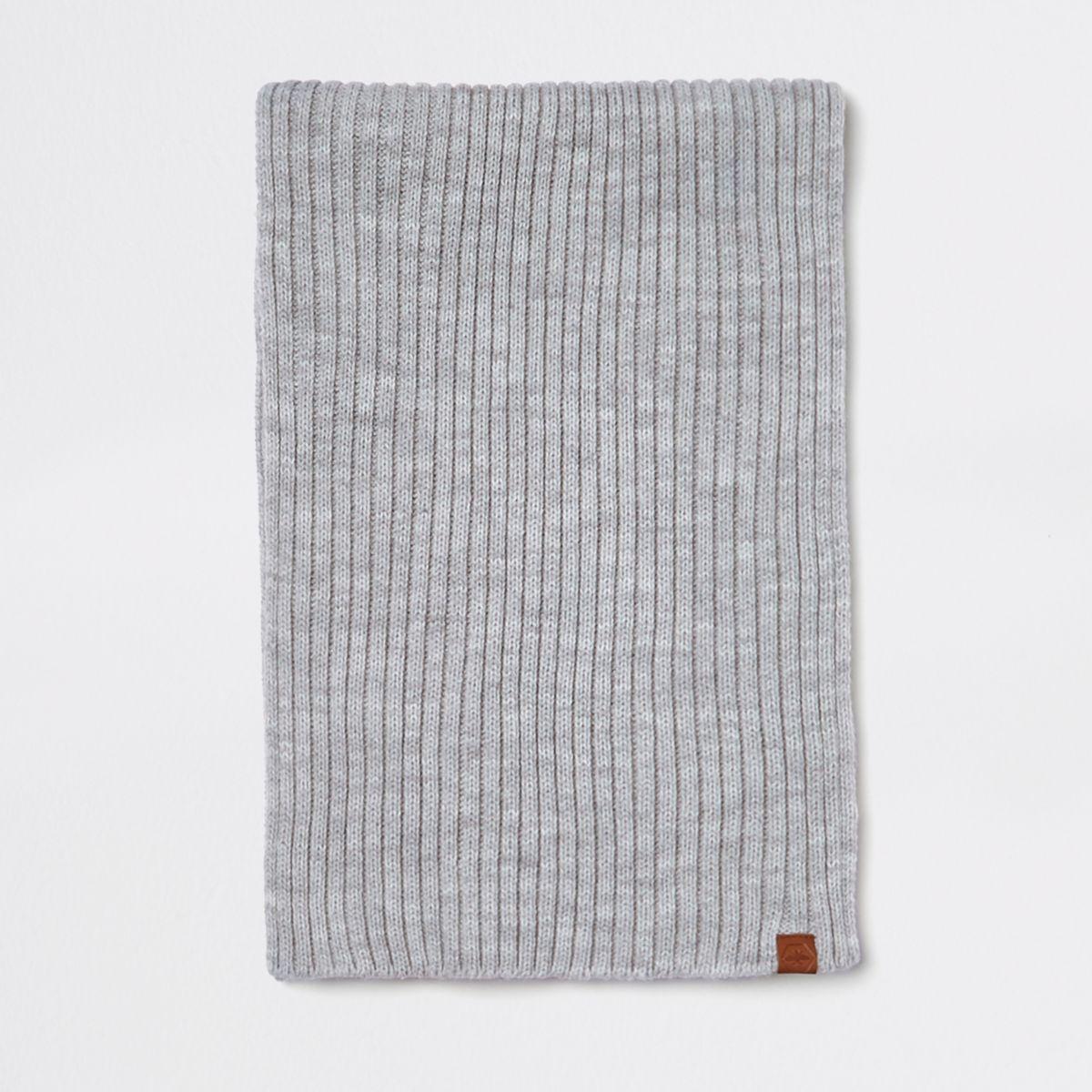 Grey rib knitted scarf