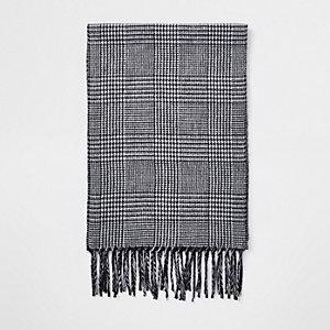 Grijze geruite sjaal