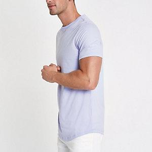 Paars aansluitend lang T-shirt met ronde zoom