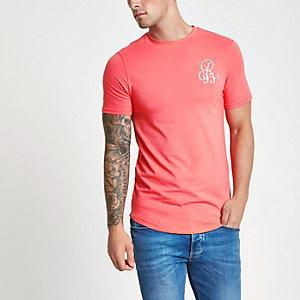 Pinkes, figurbetontes T-Shirt
