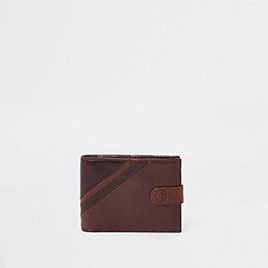 Brown leather stripe wallet