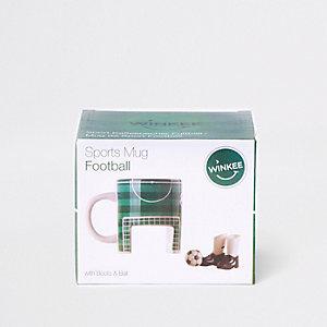 Grüne Fußballtasse