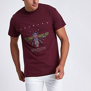 Dark red wasp print short sleeve T-shirt