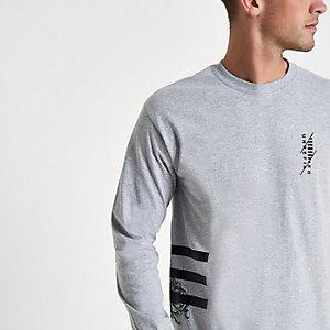 T-shirt manches manches longues gris rayé sur le côté