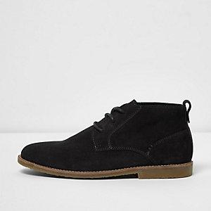 Desert boots en daim gris foncé à coupe large