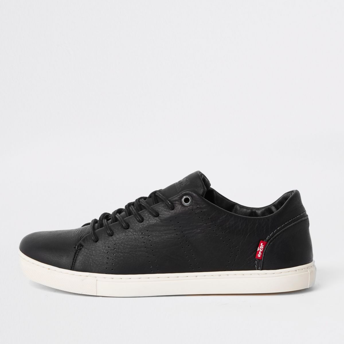 Levi's black leather lace-up sneakers