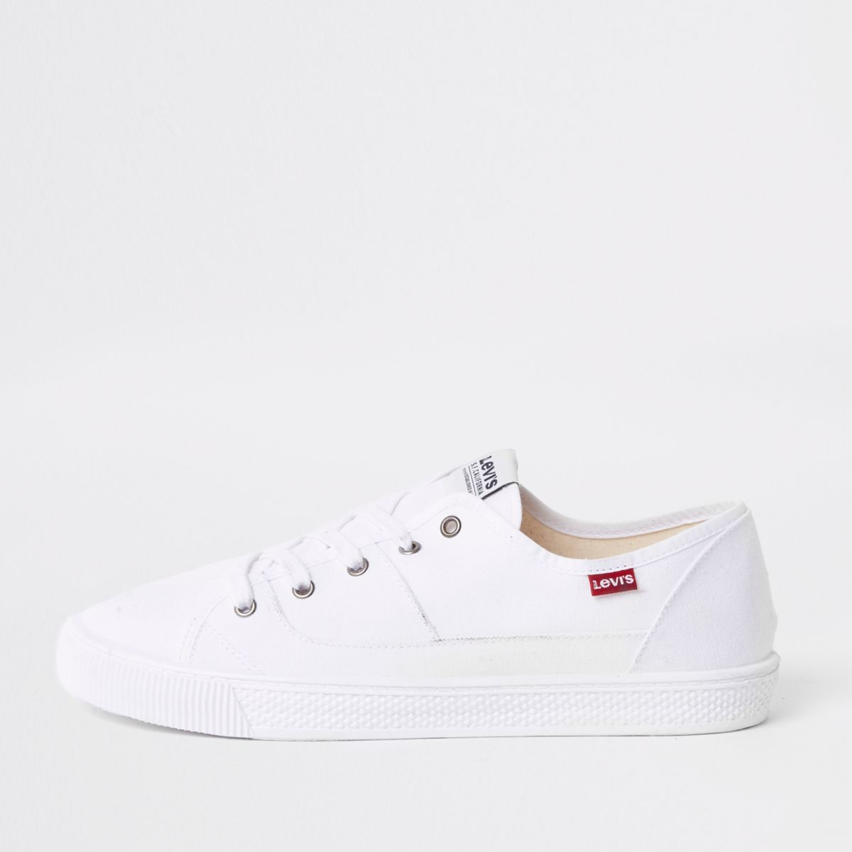 Levi's white lace-up sneakers
