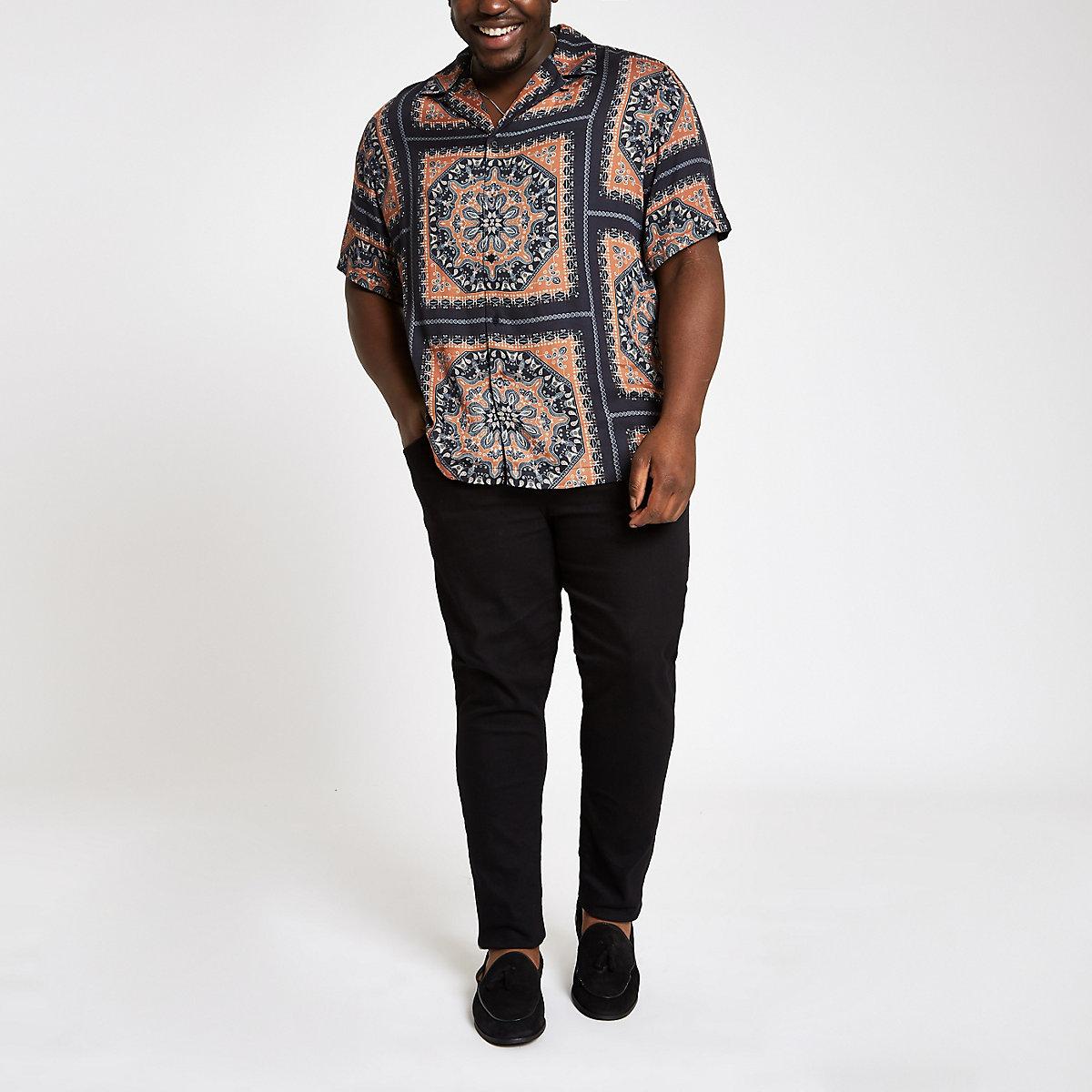 Big and Tall black scarf print revere shirt