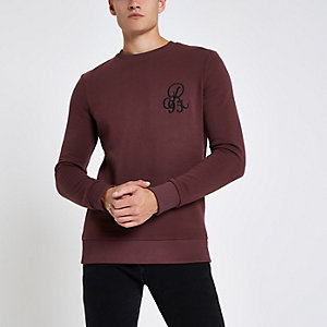 Dark red muscle fit crew neck sweatshirt