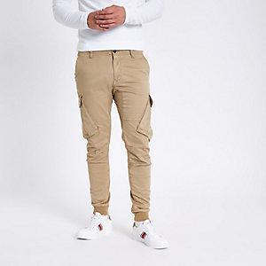 Pantalon cargo fuselé grège