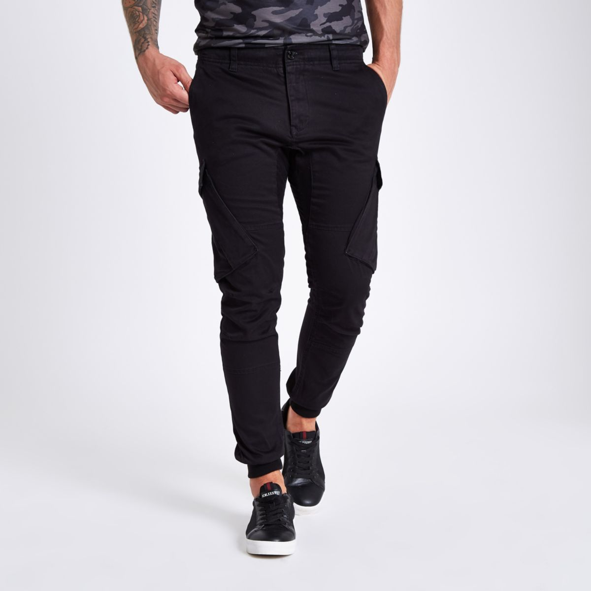 Black tapered cargo pants
