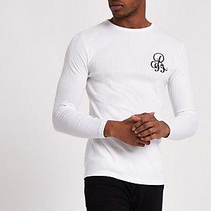 Wit geribbeld slim-fit T-shirt met 'R95'-print
