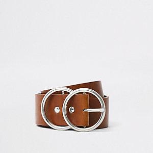 Bruine riem met twee ringen