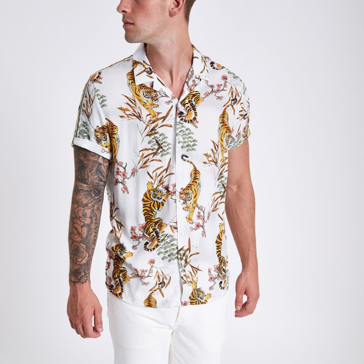 White tape tiger print revere shirt