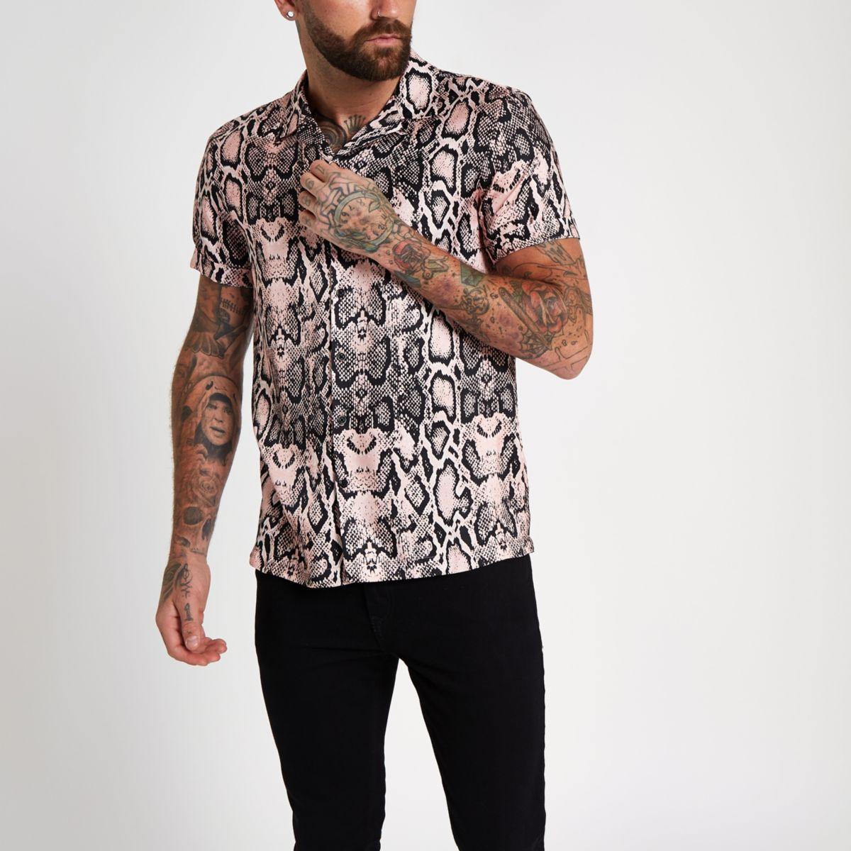 Pink snake print short sleeve revere shirt